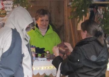 Sockenverkauf am Weihnachtsmarkt