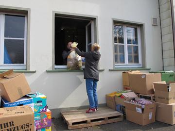 Ablieferung von Hilfsgütern