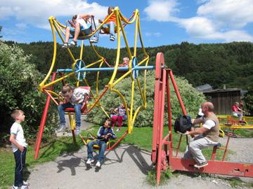Affen- und Vogelpark Eckenhagen lädt unsere Kinder ein