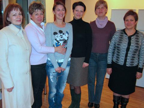 Diese und zwei weitere Frauen sind Bereginja