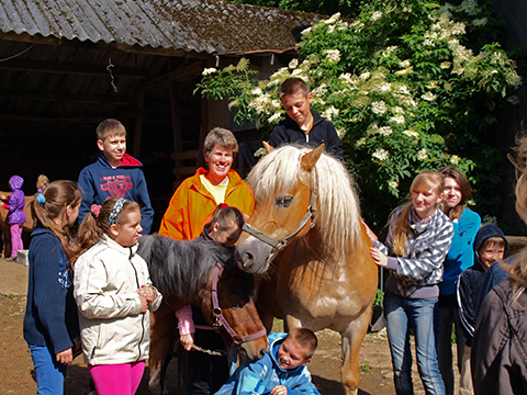 Kindergruppe am Ponyhof Vogt in Kierspe