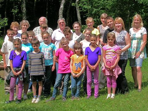 Kinder aus der Ukraine mit SGV am Wienhagener Turm