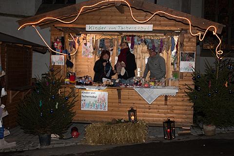 Kinder von Tschernobyl Weihnachtsmarkt 2015 in Gummersbach