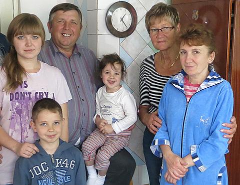 Kinder von Tschernobyl Partner in Bila Zerkwa Ukraine