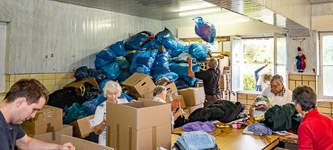 Kinder von Tschernobyl Hilfsgüterannahmen Hilfstransporte
